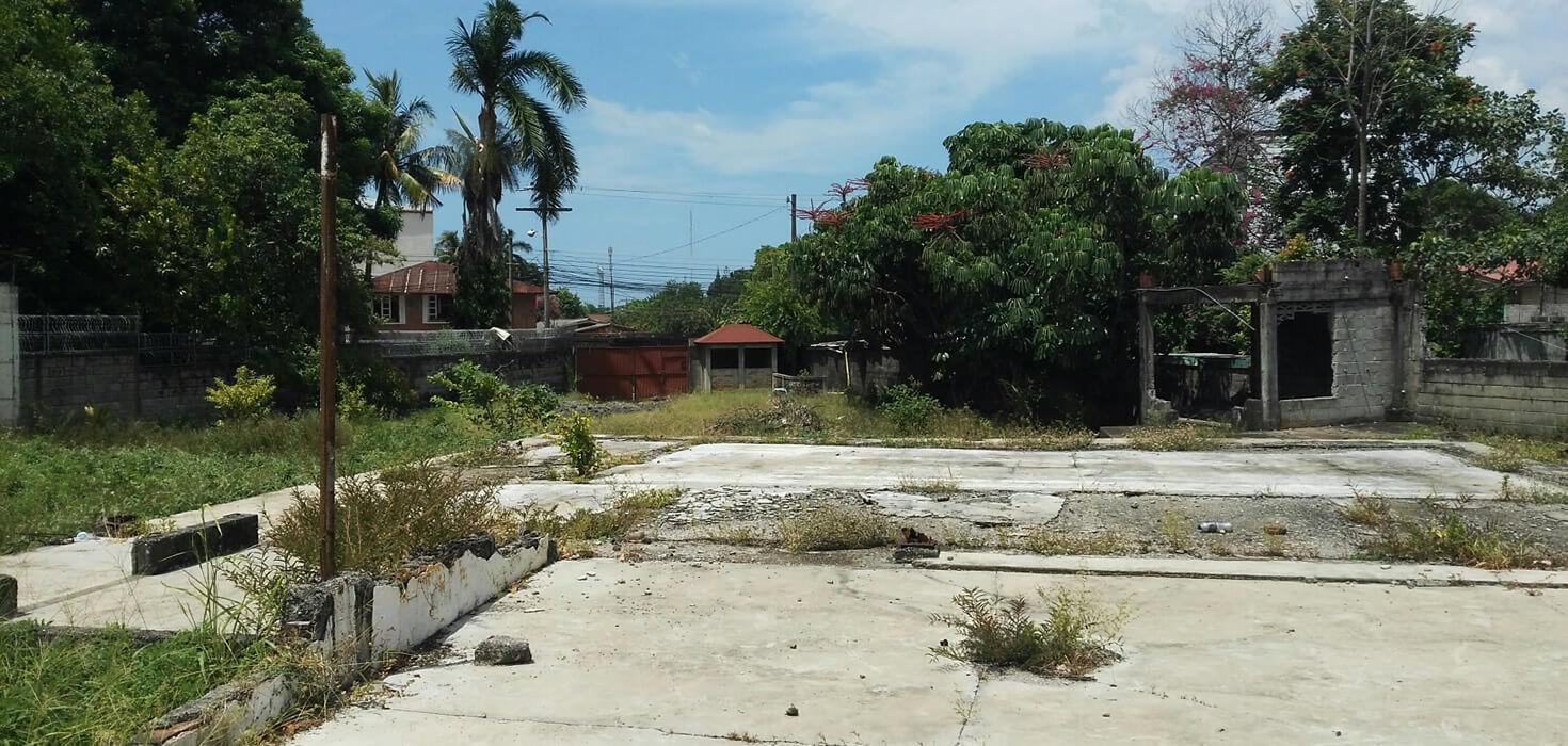 Venta de Local Comercial ubicado en Barrio El Centro avenida 14 de Julio, 10 calle, La Ceiba, Atlántida, Honduras | Activo Eventual de Banco Atlántida