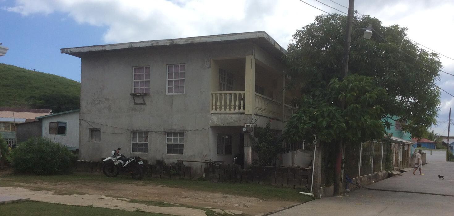 Venta de Edificio de apartamentos ubicado en Savannah Bight, Guanaja, Islas de la Bahía, Honduras