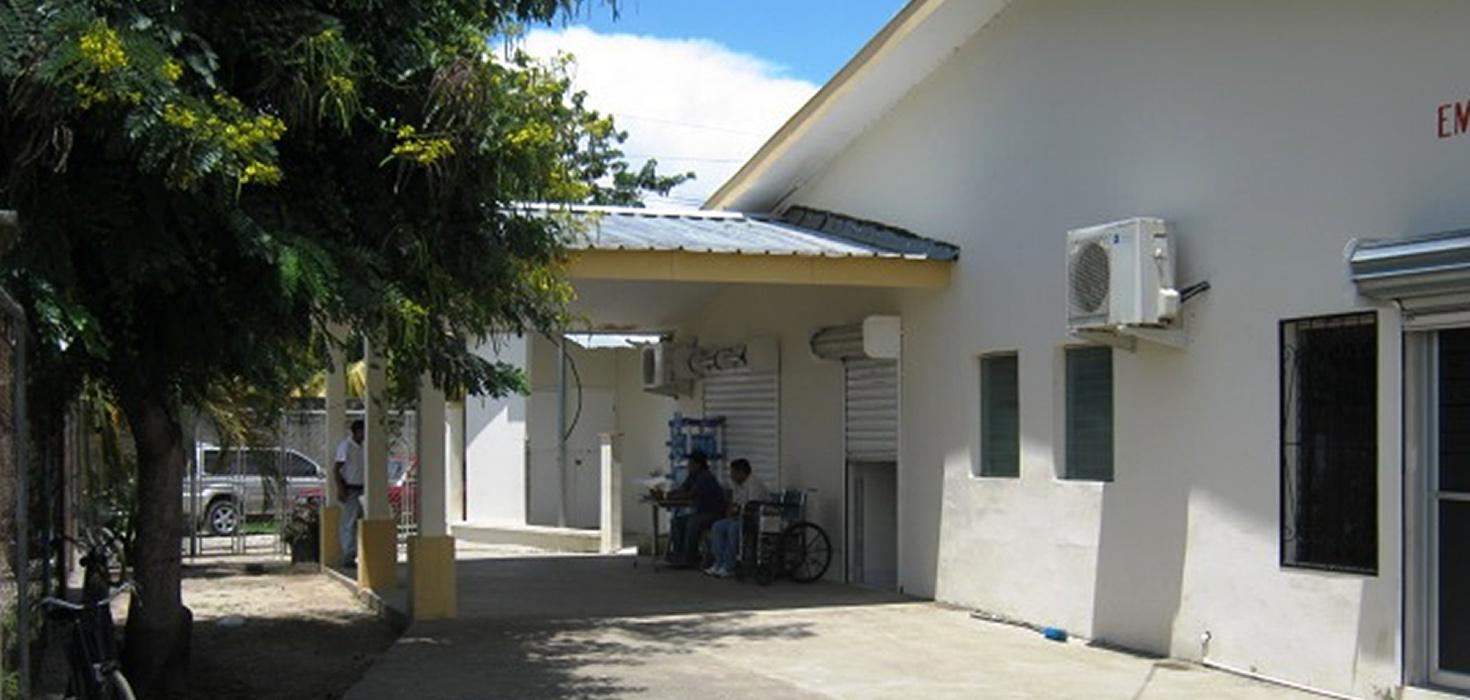 Venta de Local comercial ubicado en Barrio Las Brisas, actualmente Hospital IHSS, Tela, Atlántida, Honduras