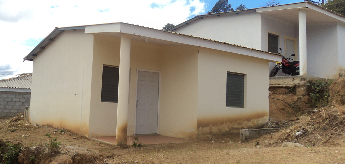 Venta de Casa ubicado en Col. El Mirador , lote 3, Blq J, Danlí, El Paraíso, Honduras