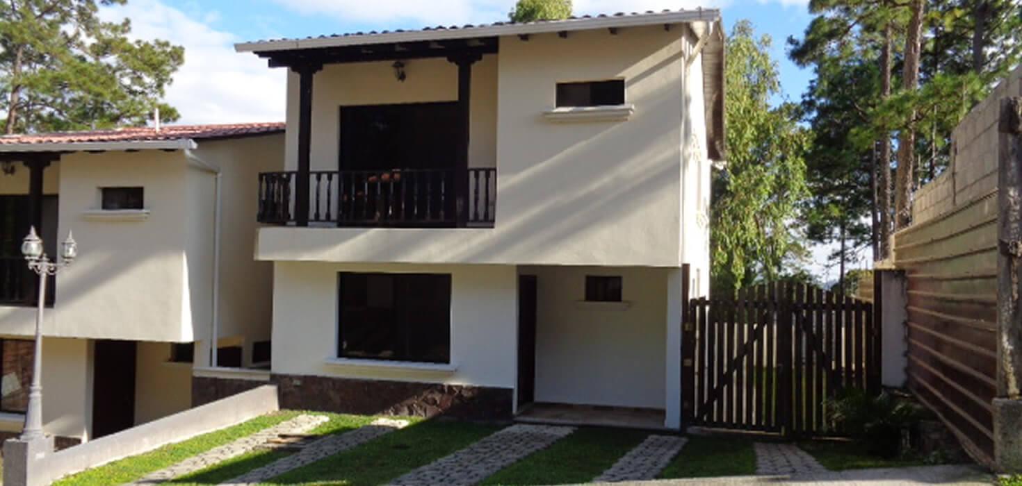 Venta de Casa ubicado en Residencial Villas del Valle lote 9, Valle de Angeles, Francisco Morazán, Honduras | Activo Eventual de Banco Atlántida