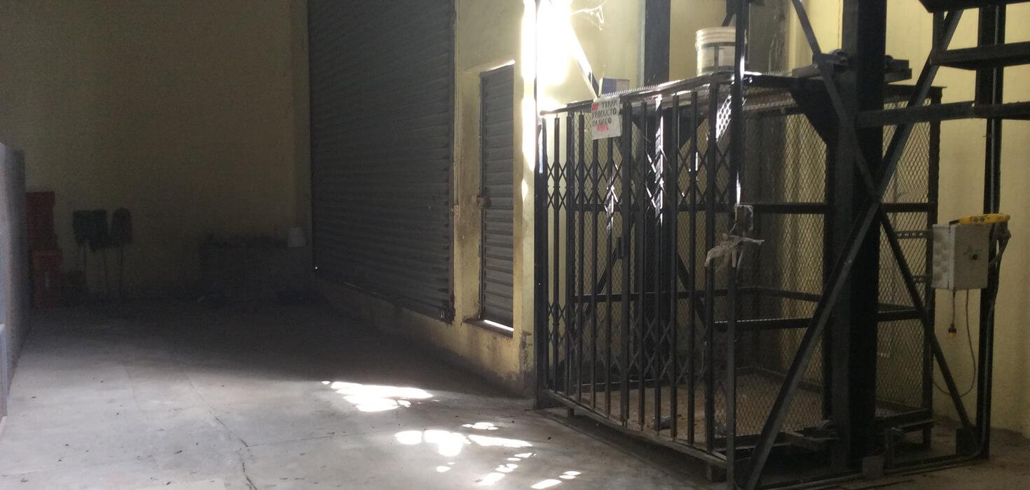 Venta de Local comercial ubicado en Megaplaza , Tocoa, Colón, Honduras