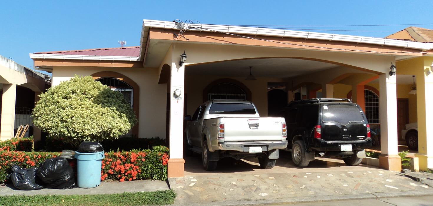 Venta de Casa de habitación en residencial Los Ángeles ubicado en Residencial Los Ángeles Lote No. 7, La Ceiba, Atlántida, Honduras